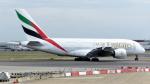 誘喜さんが、ロンドン・ヒースロー空港で撮影したエミレーツ航空 A380-861の航空フォト(写真)