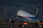 Kenny600mmさんが、伊丹空港で撮影した全日空 777-281/ERの航空フォト(写真)