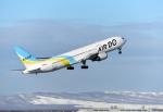 バーダーさんさんが、新千歳空港で撮影したAIR DO 767-33A/ERの航空フォト(写真)