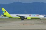ストロベリーさんが、関西国際空港で撮影したジンエアー 777-2B5/ERの航空フォト(写真)