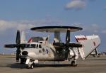 チャーリーマイクさんが、那覇空港で撮影した航空自衛隊 E-2Cの航空フォト(写真)