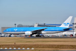 トロピカルさんが、成田国際空港で撮影したKLMオランダ航空 777-206/ERの航空フォト(写真)