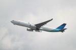 職業旅人さんが、香港国際空港で撮影したガルーダ・インドネシア航空 A330-343Xの航空フォト(写真)