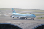 職業旅人さんが、香港国際空港で撮影した大韓航空 747-8B5の航空フォト(写真)