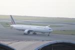 職業旅人さんが、香港国際空港で撮影したエールフランス航空 777-328/ERの航空フォト(写真)