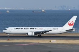 TAK10547さんが、羽田空港で撮影した日本航空 767-346/ERの航空フォト(写真)