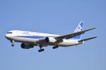 LEGACY747さんが、成田国際空港で撮影した全日空 767-381/ERの航空フォト(写真)