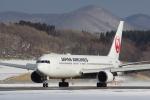 咲良さんが、函館空港で撮影した日本航空 767-346の航空フォト(写真)