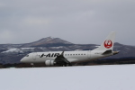 airdrugさんが、函館空港で撮影したジェイ・エア ERJ-170-100 (ERJ-170STD)の航空フォト(写真)