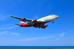 まいけるさんが、プーケット国際空港で撮影したロシア航空 747-446の航空フォト(写真)