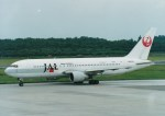 NH642さんが、熊本空港で撮影した日本航空 767-246の航空フォト(写真)