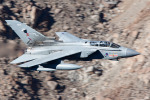 Ryan-airさんが、Panamint Springs - Rainbow Canyonで撮影したイギリス空軍 Tornado GR4の航空フォト(写真)