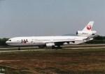 NH642さんが、熊本空港で撮影した日本航空 MD-11の航空フォト(写真)