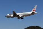MOHICANさんが、福岡空港で撮影した日本航空 777-246/ERの航空フォト(写真)