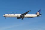 よしぱるさんが、ロンドン・ヒースロー空港で撮影したユナイテッド航空 767-424/ERの航空フォト(写真)