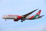 安芸あすかさんが、ロンドン・ヒースロー空港で撮影したケニア航空 787-8 Dreamlinerの航空フォト(写真)