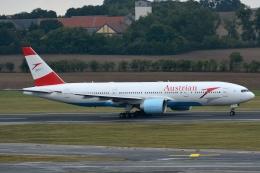 kansai-spotterさんが、ウィーン国際空港で撮影したオーストリア航空 777-2Z9/ERの航空フォト(写真)