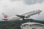 遠森一郎さんが、福岡空港で撮影した日本トランスオーシャン航空 737-4Q3の航空フォト(写真)