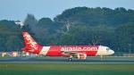 flytaka78さんが、シンガポール・チャンギ国際空港で撮影したエアアジア A320-216の航空フォト(写真)