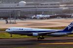 なまくら はげるさんが、羽田空港で撮影した全日空 767-381の航空フォト(写真)