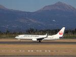 Mame @ TYOさんが、鹿児島空港で撮影した日本航空 737-846の航空フォト(写真)