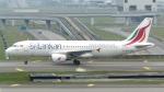誘喜さんが、クアラルンプール国際空港で撮影したスリランカ航空 A320-214の航空フォト(写真)