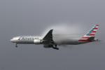 LAX Spotterさんが、ロサンゼルス国際空港で撮影したアメリカン航空 777-323/ERの航空フォト(写真)