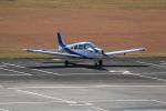 ぽんさんが、高知空港で撮影した個人所有 PA-28-161 Warrior IIの航空フォト(写真)