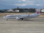 ◆oRT4jqzTBUさんが、松山空港で撮影した日本航空 737-846の航空フォト(写真)