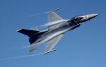 こびとさんさんが、新田原基地で撮影したアメリカ空軍 F-16 Fighting Falconの航空フォト(写真)