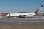 krozさんが、ジョン・F・ケネディ国際空港で撮影したデルタ航空 767-432/ERの航空フォト(写真)