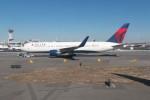 krozさんが、ジョン・F・ケネディ国際空港で撮影したデルタ航空 767-332/ERの航空フォト(写真)