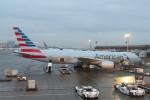 krozさんが、ジョン・F・ケネディ国際空港で撮影したアメリカン航空 777-223/ERの航空フォト(写真)