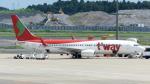 誘喜さんが、成田国際空港で撮影したティーウェイ航空 737-8Q8の航空フォト(写真)