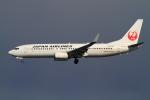 武彩航空公司(むさいえあ)さんが、羽田空港で撮影した日本航空 737-846の航空フォト(写真)