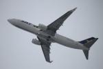 スターアライアンスKMJ H・Rさんが、福岡空港で撮影したスカイマーク 737-81Dの航空フォト(写真)