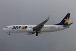 スターアライアンスKMJ H・Rさんが、福岡空港で撮影したスカイマーク 737-8HXの航空フォト(写真)