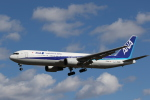 Tango Alphaさんが、成田国際空港で撮影した全日空 767-381/ERの航空フォト(写真)