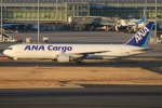 たみぃさんが、羽田空港で撮影した全日空 767-381/ER(BCF)の航空フォト(写真)