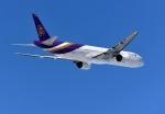 バーダーさんさんが、新千歳空港で撮影したタイ国際航空 777-3D7の航空フォト(写真)