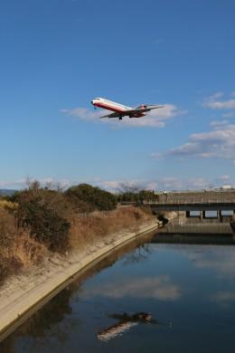 musashiさんが、高知空港で撮影した遠東航空 MD-82 (DC-9-82)の航空フォト(写真)