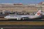妄想竹さんが、羽田空港で撮影した日本航空 777-246/ERの航空フォト(写真)