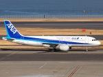 51ANさんが、羽田空港で撮影した全日空 A320-211の航空フォト(写真)