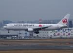 Willieさんが、福岡空港で撮影した日本航空 767-346/ERの航空フォト(写真)