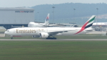 誘喜さんが、クアラルンプール国際空港で撮影したエミレーツ航空 777-31H/ERの航空フォト(写真)