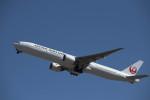 はやたいさんが、成田国際空港で撮影した日本航空 777-346/ERの航空フォト(写真)
