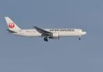 くーぺいさんが、新千歳空港で撮影した日本航空 767-346/ERの航空フォト(写真)