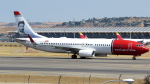誘喜さんが、マドリード・バラハス国際空港で撮影したノルウェー・エア・インターナショナル 737-8JPの航空フォト(写真)