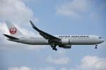 よしポンさんが、成田国際空港で撮影した日本航空 767-346/ERの航空フォト(写真)