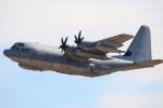 takaRJNSさんが、厚木飛行場で撮影したアメリカ海兵隊 KC-130J Herculesの航空フォト(写真)
